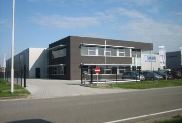 Nieuwbouw bedrijfshal met kantoor te Klundert