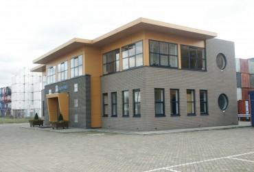 Nieuwbouw kantoorpand containerterminal te Moerdijk