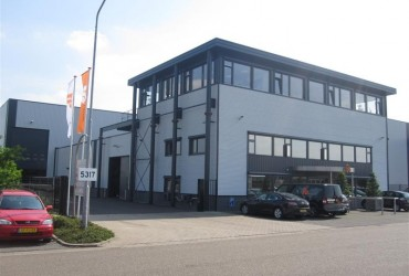 Verbouwing bedrijfspand te Heijningen
