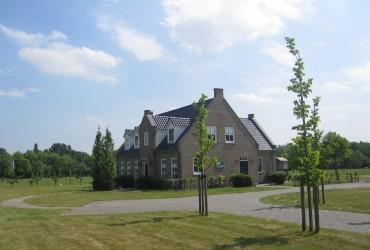 Boerderijwoning met loods te Heijningen